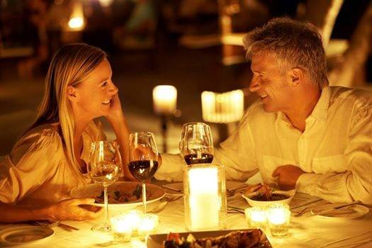 Chicago Speed Dating for 20s, 30s and 40s, single women are meeting single men and having fun time